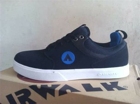Topi Airwalk Original 4 jual skateboarding shoes airwalk hilman original