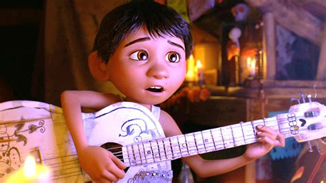 cinema 21 coco how to see coco in theaters in spanish movie news