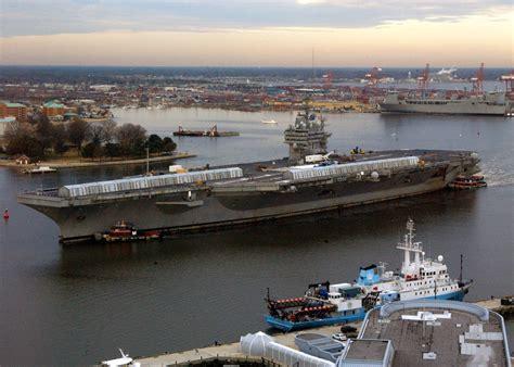 portaerei roosevelt file us navy 040219 n 4013l 501 uss theodore roosevelt