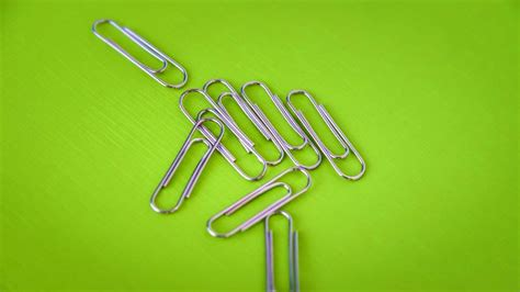 How To Make A Paper Key - 187 how to escape handcuffs using a paper clip