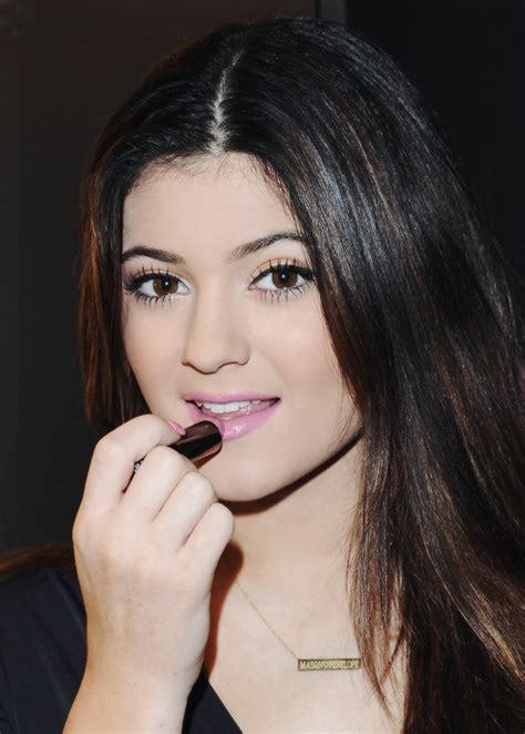 Lipstick Jenner jenner pink lipstick jenner