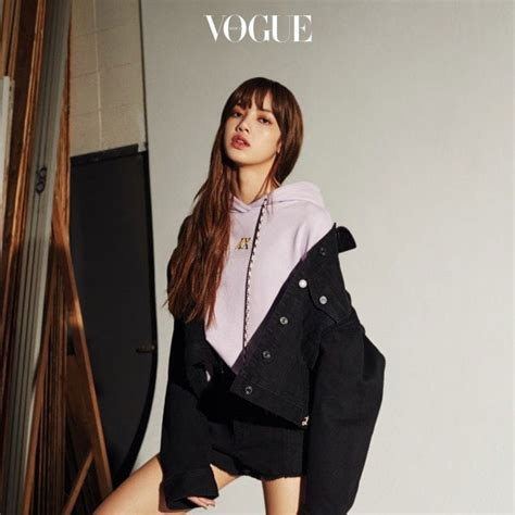Blackpink Vogue | behold see blackpink lisa newest photo from vogue korea