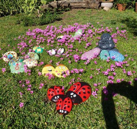 decorar el jardin con piedras hogar y jardin pintar piedras para decorar el jard 237 n