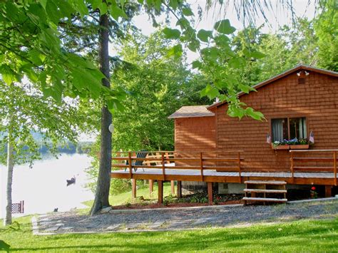 Cabins In Maine by Maine Cabin Rentals Moosehead Lake Waterfront Cabins In