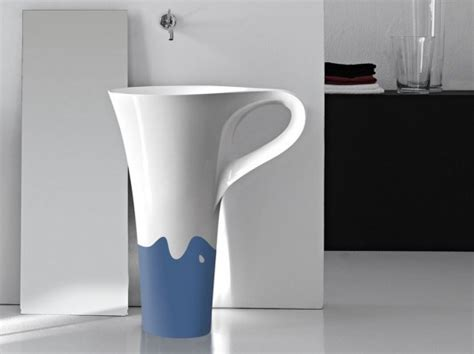 Hodie Silang Two Tone and freestanding basin for your modern bathroom cup by artceram home design