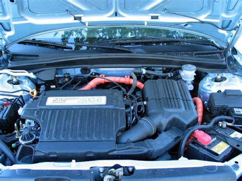 toyota hybrid how does it work how does a hybrid engine work