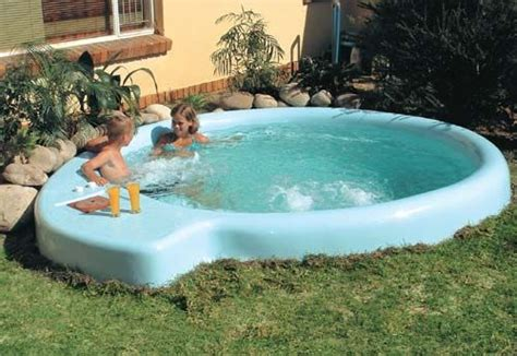 Backyard Pools On A Budget Small Backyard Inexpensive Pool Roselawnlutheran
