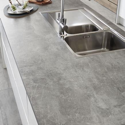 Grey Concrete Effect worktop   Kitchen worktops   Howdens