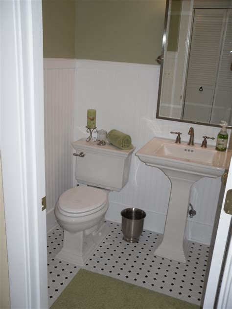 Half Bath Wainscoting by Fabulous Finds June 2010