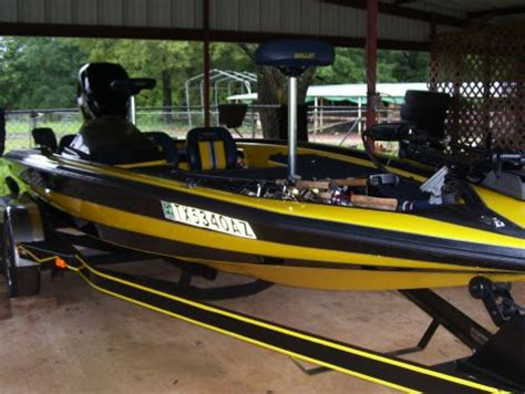 yellow bass boat seats 1999 bullet 20xd fishing boat for sale in bronson tx