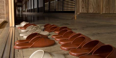 removing shoes before entering house tips on etiquette customs in japan japanistry