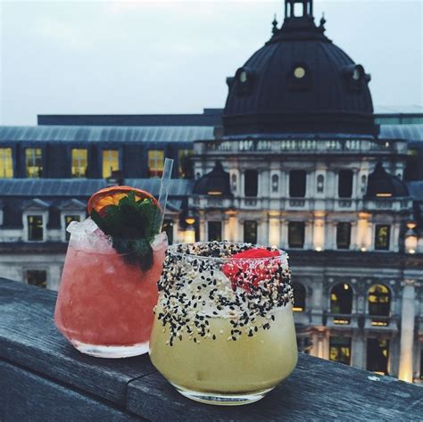 top london cocktail bars the 20 best cocktail bars in london world of wanderlust