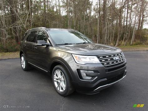 what color is metallic 2016 magnetic metallic ford explorer xlt 110971233