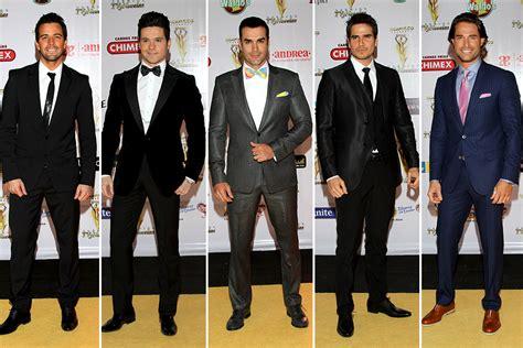 galanes de tv brillan en alfombra roja de los 50 m 225 s bellos brillos color y estados as 237 vistieron las famosas en los premios tv y novelas 2014