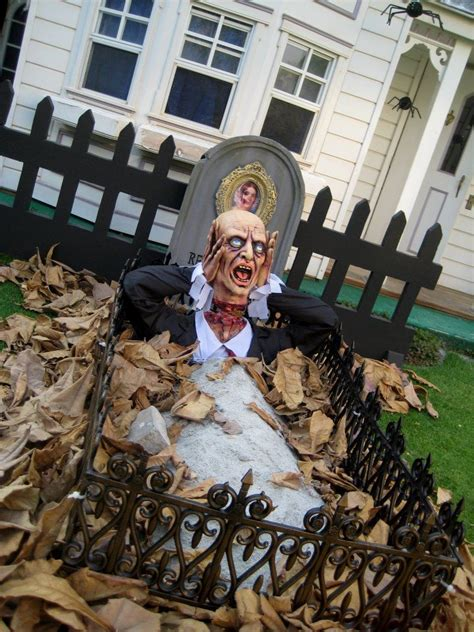 haunted backyard ideas 371 best halloween yard haunt ideas images on pinterest