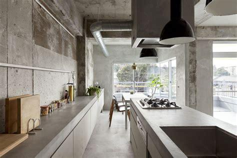 cemento per interni rivestimenti e pareti in cemento