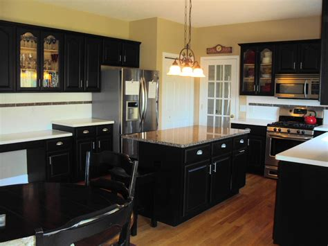 can kitchen cabinets be refinished can kitchen cabinets be refinished cabinetry refinishing