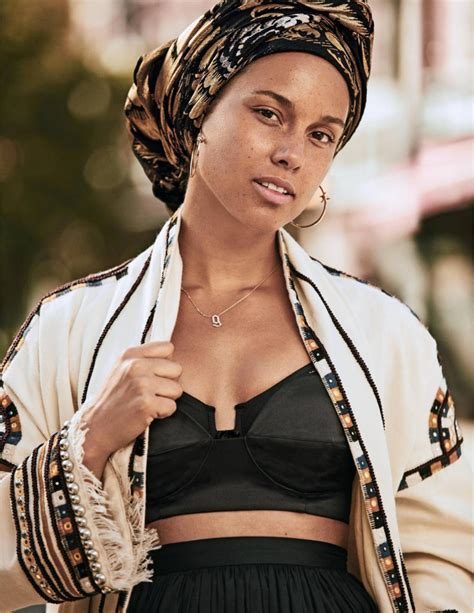 alicia keys alicia keys lands her second make up less cover check out