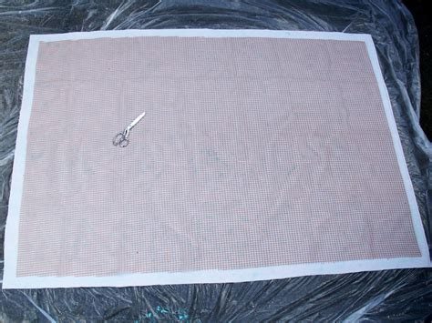 How To Paint An Outdoor Rug How To Stencil Paint An Outdoor Rug How Tos Diy