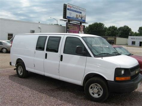 electric and cars manual 2007 chevrolet express 3500 electronic toll collection service manual free repair manual 2006 chevrolet express 3500 service manual 2004 chevrolet