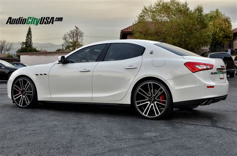 Wheels Maserati Maserati Ghibli White Black Rims