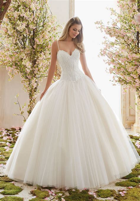 Wedding Dress Chantilly Lace On Tulle Gown Wedding Dress Style