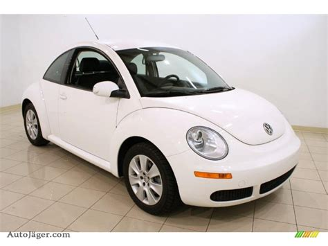 volkswagen white car 2009 volkswagen new beetle 2 5 coupe in candy white