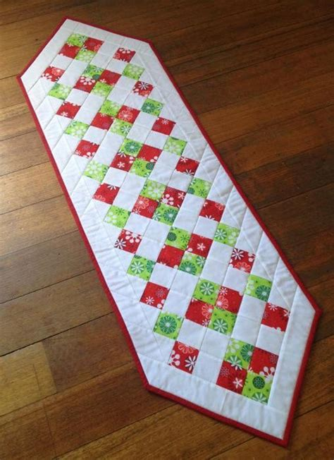 You To See Easter Table Runner By Allthatpatchwor - 5 free quilting patterns to today on craftsy