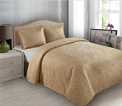 Beautiful Quilts And Coverlets Beautiful Quilted Bedspreads Webnuggetz
