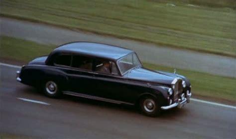 roll royce bahawalpur imcdb org 1961 rolls royce phantom v limousine by park