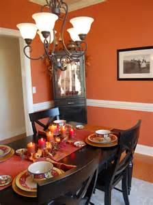 Extensive White Decorating Table For Thanksgiving With