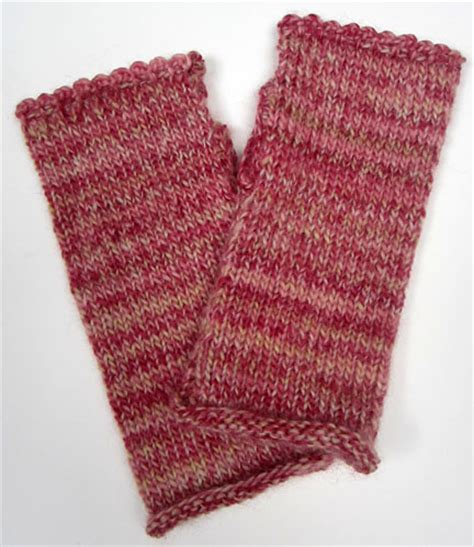 free fingerless gloves knitting pattern uk knitting pattern for wrist warmers uk knitting pattern