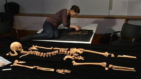 qué es layout en español por qu 195 169 espa 195 177 a decidi 195 179 exhumar el cuerpo del pintor