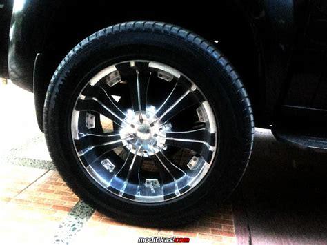 Ring Fogl Kecil Grand Fortuner bekas velg veloce chrome ring 20 pcd 139 plus ban utk fortuner pajero dkk
