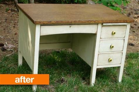 bb t help desk 1000 ideas about refinished desk on