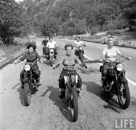 bike girls fascinating   female motorcyclists     loomis dean