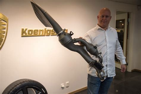 koenigsegg regera exhaust koenigsegg regera exhaust so light that you can hold it up