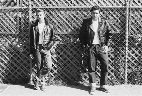 1950s teen fashion for teenage boys vintage young men fashion black and white photos of