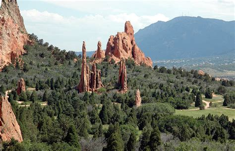 Can You Visit Garden Of The Gods In Winter Places To Visit In Colorado Last Minute Travel