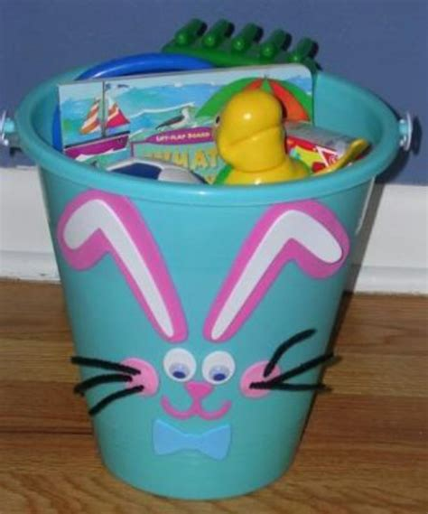 homemade easter basket ideas 25 cute and creative homemade easter basket ideas page 2