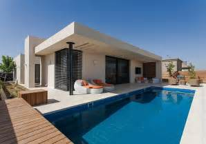Simple Pool House by Simple Pool Family Home In Israel