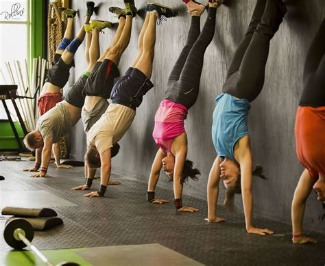 Build Floor Plans by Handstand Exercises