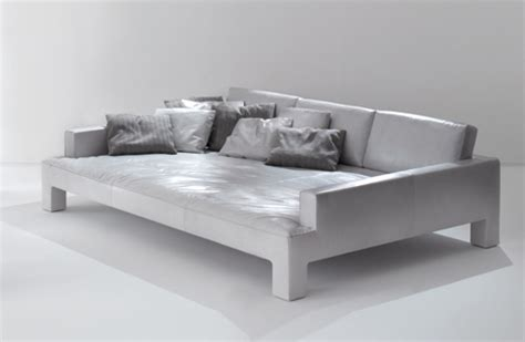 Oversized Couches by How To Decorate With Oversized Sofas