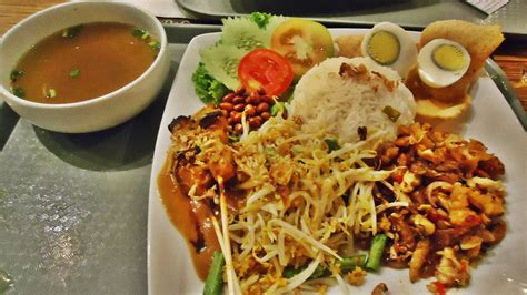 jakarta cuisine where to eat food in
