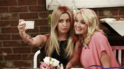 theme song young and hungry season 2 young hungry executive producer ashley tisdale to