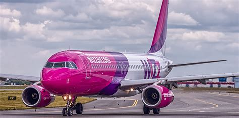 Wizz Air Cabin Bag Weight by Wizz Air Introduces New Cabin Luggage Policy Cbw Ge