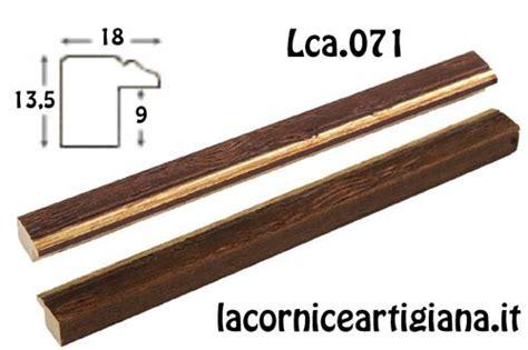 cornice 50x60 lca 071 cornice 50x60 piattina noce filo oro con crilex