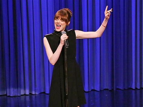 emma stone rap battle emma stone raps ludacris in jimmy fallon s lip synch