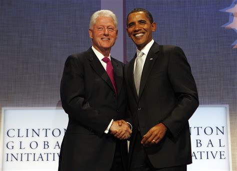 file barack obama and bill clinton in the oval office jpg barack obama bill clinton photos photos president obama