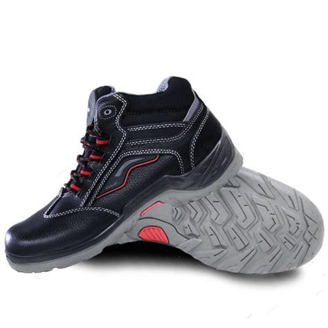 Sporty Shoes sporty safety boots supertec e 829 oscar safety shoes
